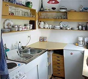 Klein priv appartement in berlijn friedrichshain - Ingerichte keuken ...